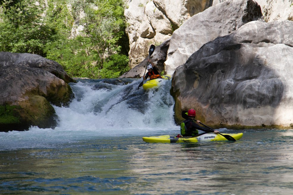 Shafra running the main drop on the Cetina
